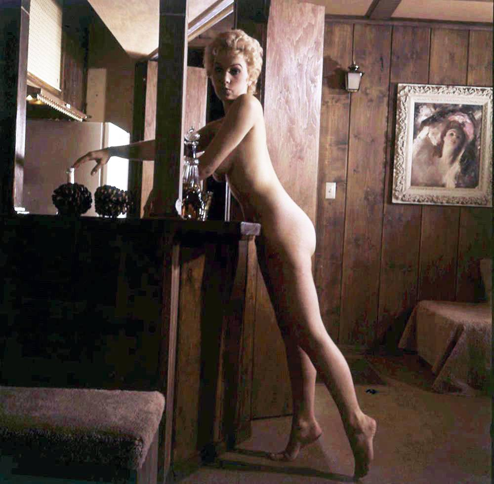 Stella Stevens Schallwig shoot 20